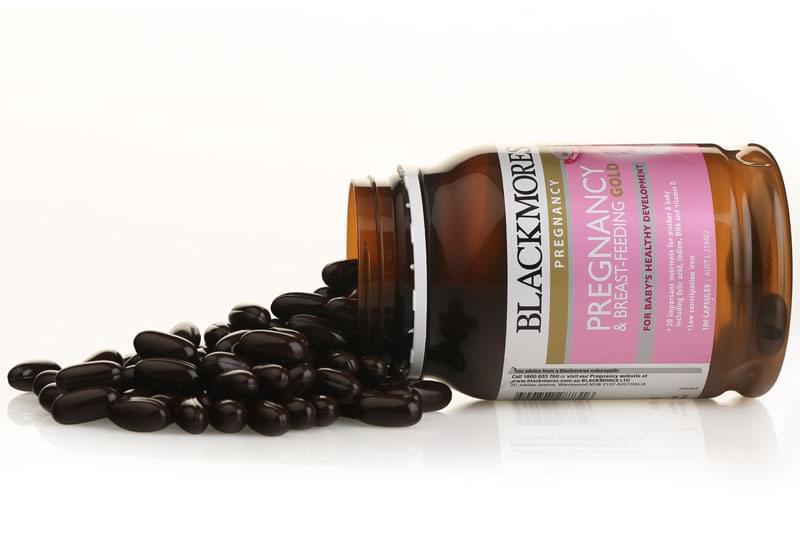 Blackmores pregnancy & breast - feeding gold 120 viên: vitamin cho bà bầu