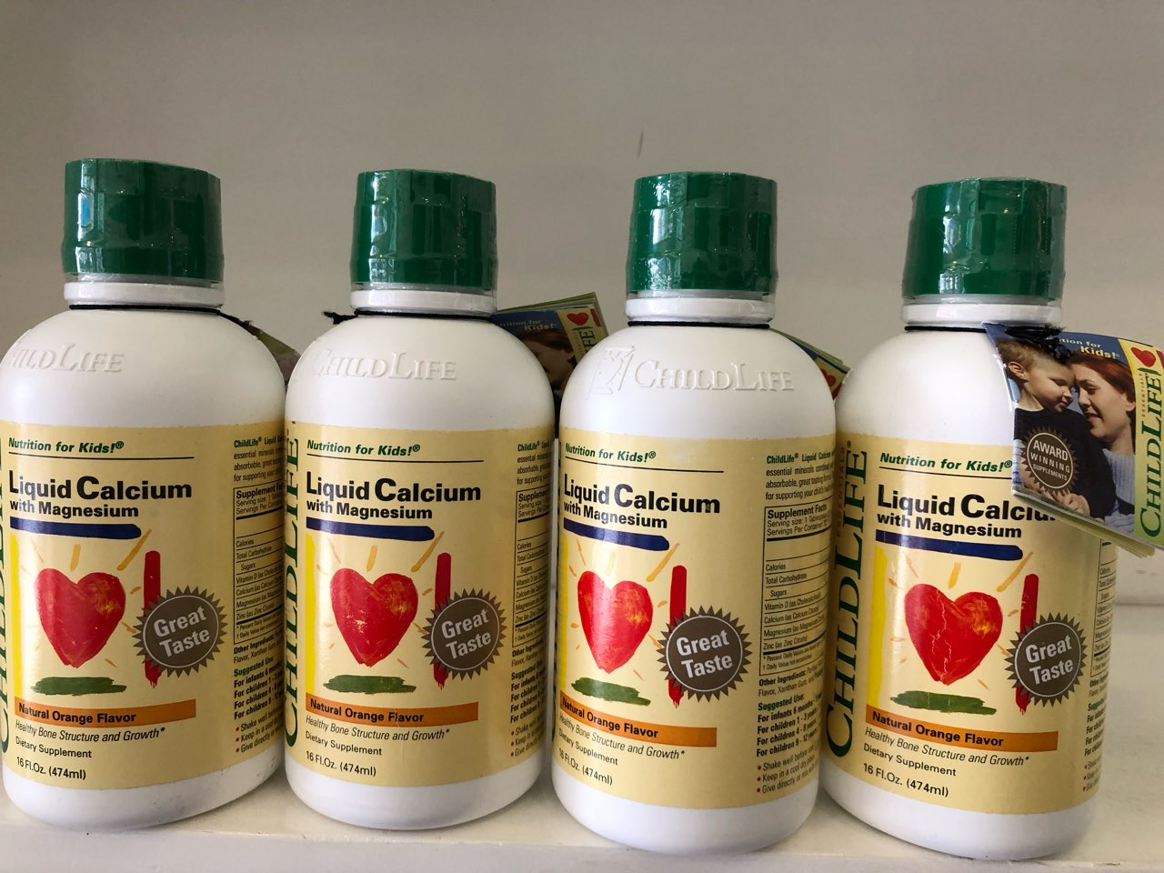 Childlife Liquid Calcium and Magnesium with Vitamin D cho trẻ chiều cao lý tưởng